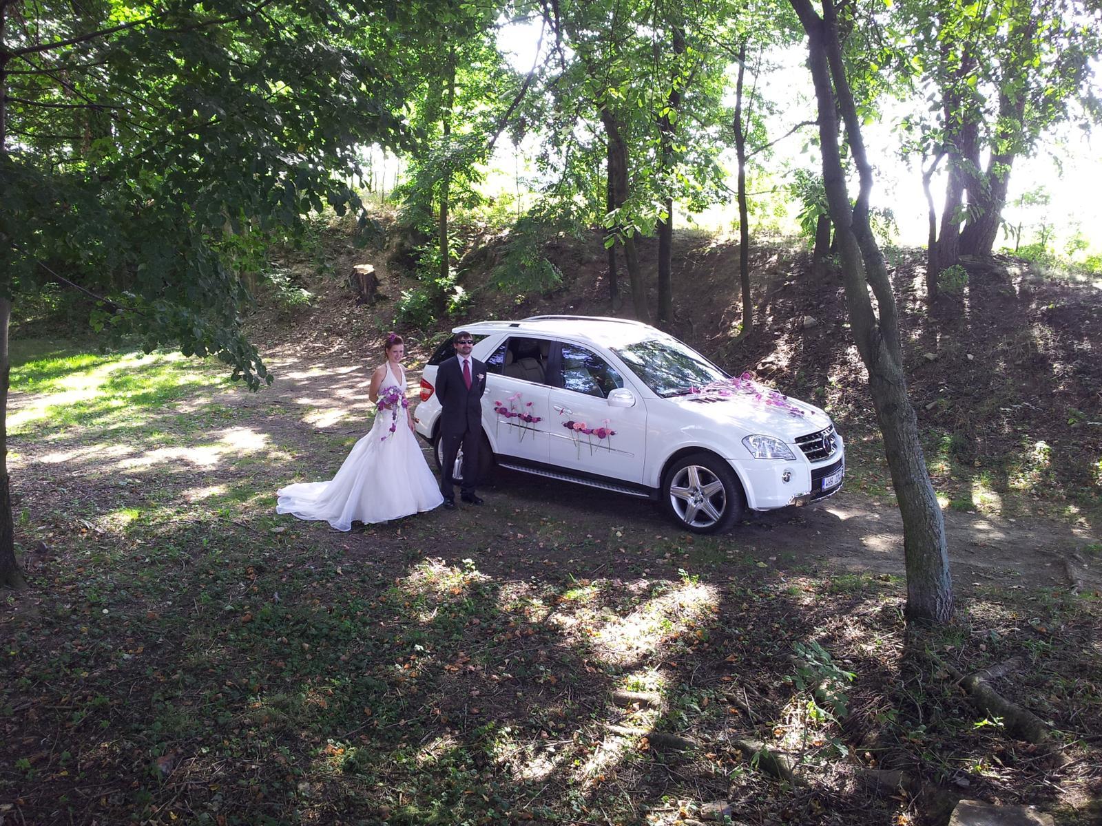 Cim Jedete Na Svatbu Svatebni Auto