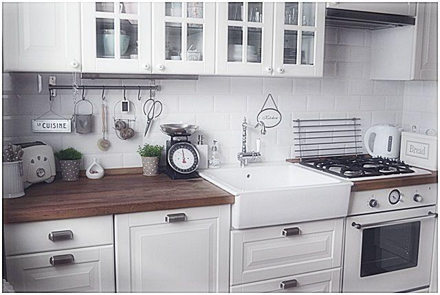 Drevo a biela v kuchyni - Obrázok č. 106