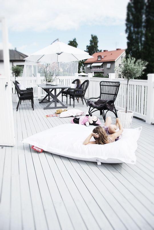 Používáte  sedací pytle v interiéru? chtěla bych dceři na zahradu, ale bojím se jak bude reagovat ta látka a trávník - Obrázek č. 1