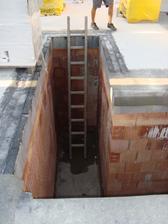 Budou schody z garáže..