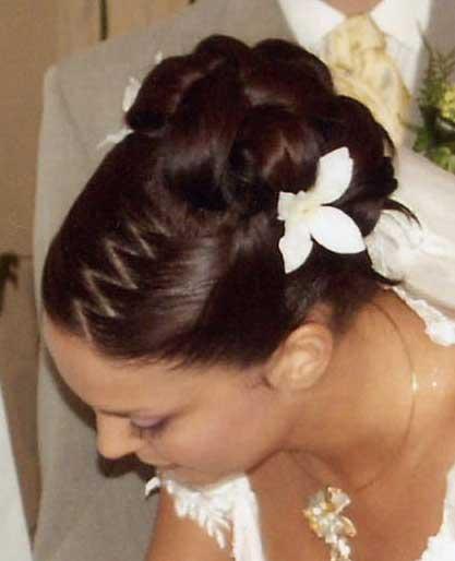 BEAUTIFUL WEDDING - Bez toho kvetu