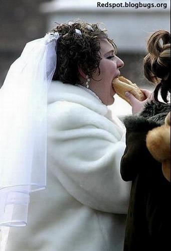 SVADBA A VKUS - aaa, fastfood je stokrat lepsi ako svadobne svedske stoly!