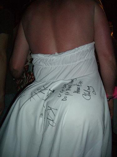 SVADBA A VKUS - wau, tak to je super myslienka.. zbierat si podpisy na ritku svadobnu!