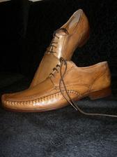 boty ženicha