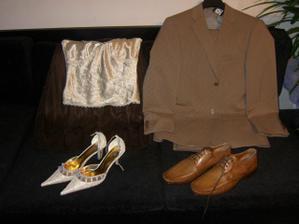 oblek moje šatky na převlečení,které nakonec mít nebudu :)