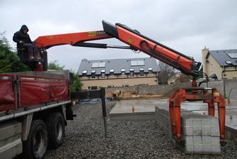 Prva varka plnych betonovych tvarnic :)