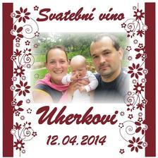 Dostali jsme od svědkyně vínečko s etiketou :)))