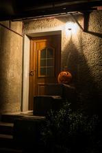 ten pohled po setmeni na nas vchod miluju ... :D
