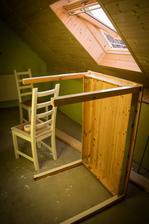 zde probíhá renovace jídelního nábytku :D ... snad to bude vypadat pěkně ...