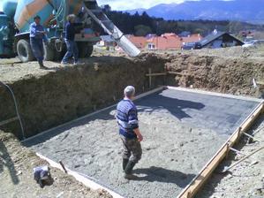 Zaizolované +ďalšia várka cementu 20.4.2012