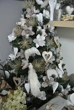 Můj letošní stromeček, u nás už máme vánoce :-)