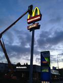 Renovácia svetelnej reklamy s LED modulmi