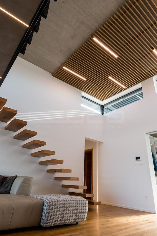 Nadčasový rodinný dom - Detaily použitých svietidiel nájdete v popise, prípadne nás kontaktujte.