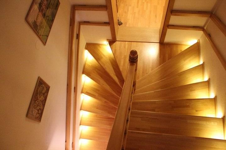 ledco - LED osvetlenie schodiska