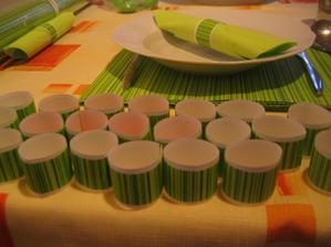 nachystané kroužky na ubrousky / rings for napkins