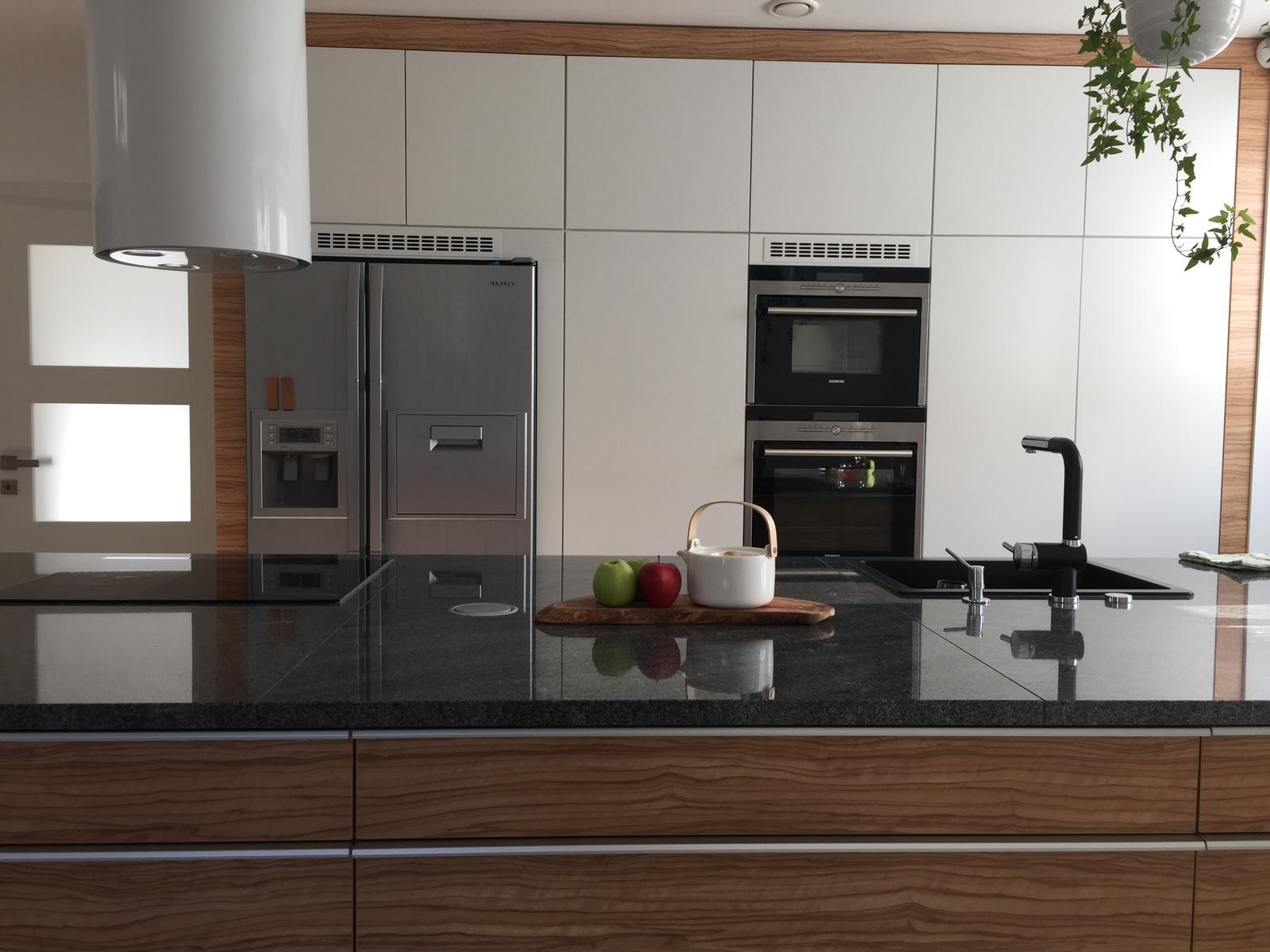 Dům už máme postavený, teď z něho děláme DOMOV - pro ferdinandaa rozmístění kuchyně