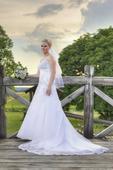 Luxusní  svatební šaty - Možná domluva ceny, 38