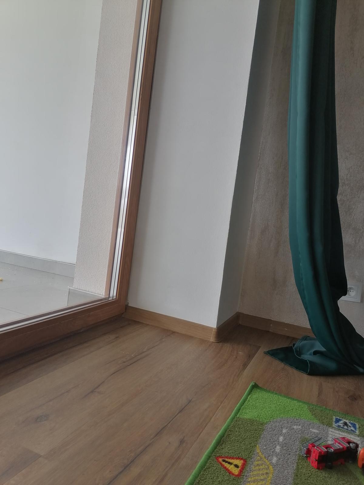 Tady je okno s... - Obrázek č. 1