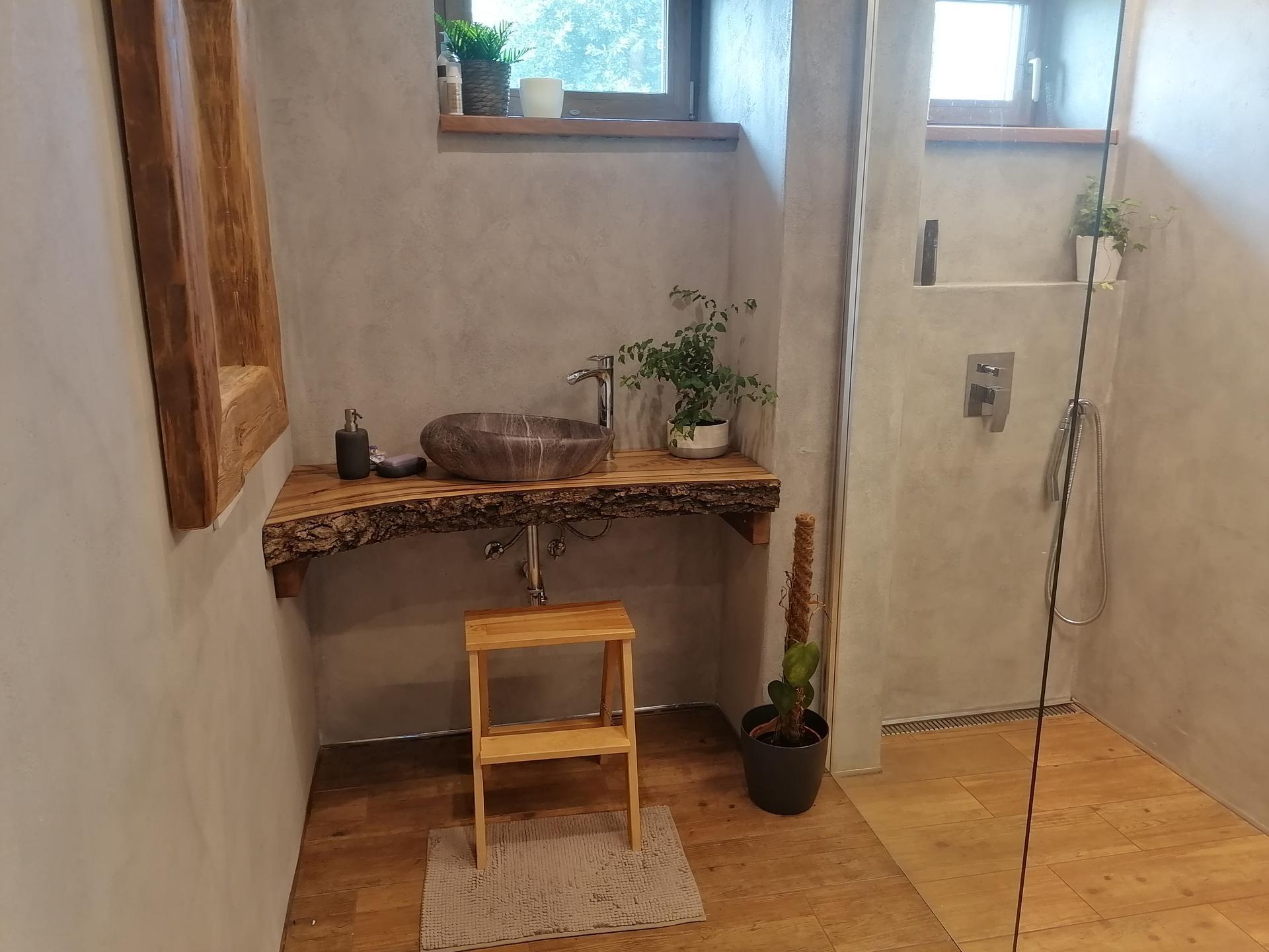 Náš český farmhouse ❤️ - Drobný progres v dolní koupelně