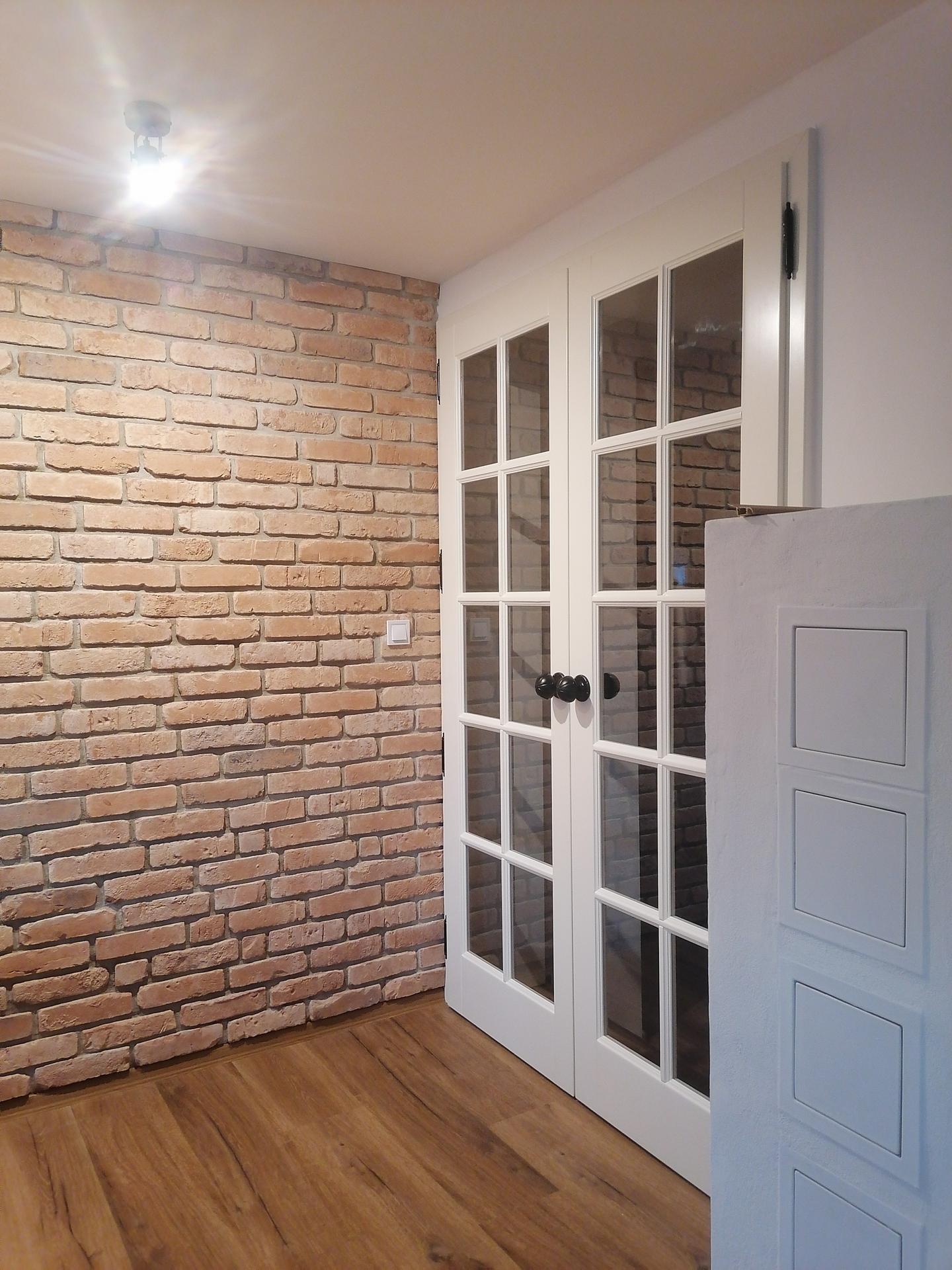Náš český farmhouse ❤️ - Dveře do pokoje pro hosty