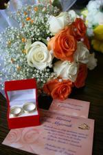 kytica, prstene a svadobné oznámenie