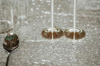 Gravírovanie nie len na pohároch, ale aj príboroch :-)