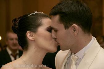 svatební polibek :-))))))