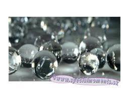 vodné perly - do vázičiek .... a k nim pôjdu gerberky :-)))