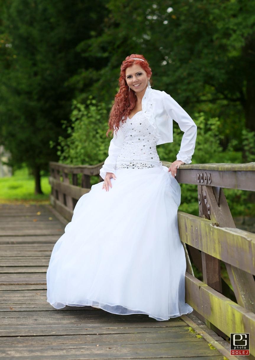 svadobné šaty swarovski - Obrázok č. 2