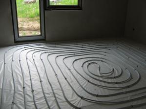 podlahové v spálni