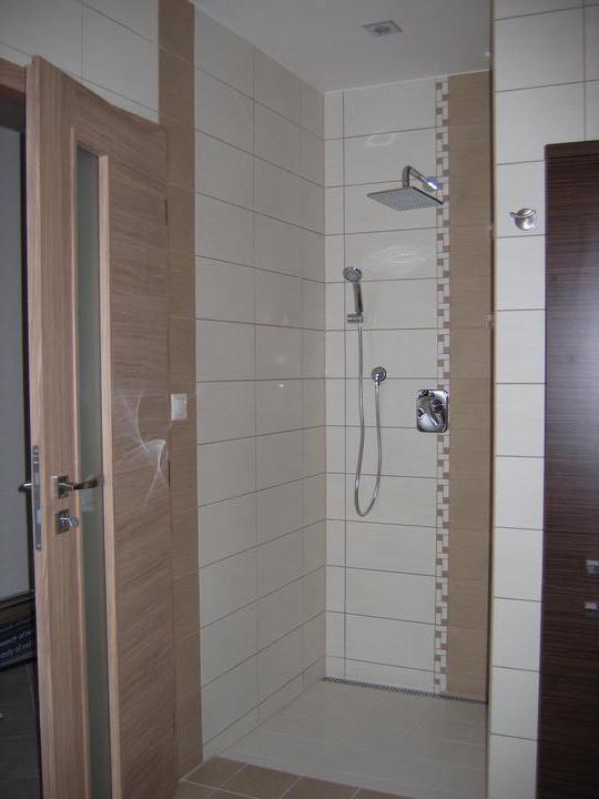 Nas domcek-upraveny bungalov 881 Euroline - sprchovy kut
