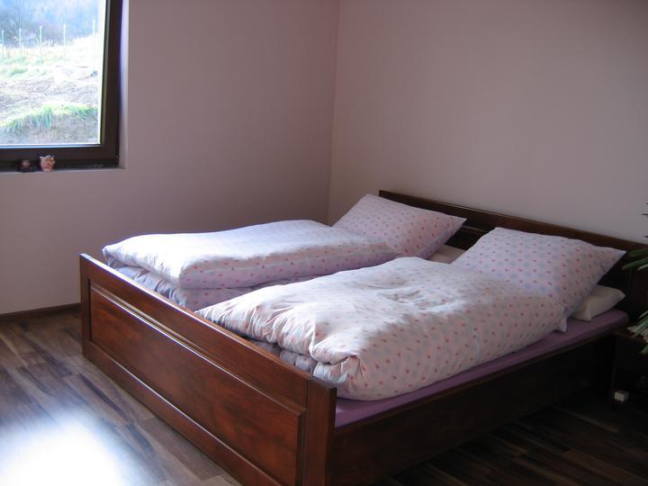 Nas domcek-upraveny bungalov 881 Euroline - spálňa