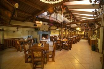 Vstupní hala restaurace.  http:\\www.baltaci.cz