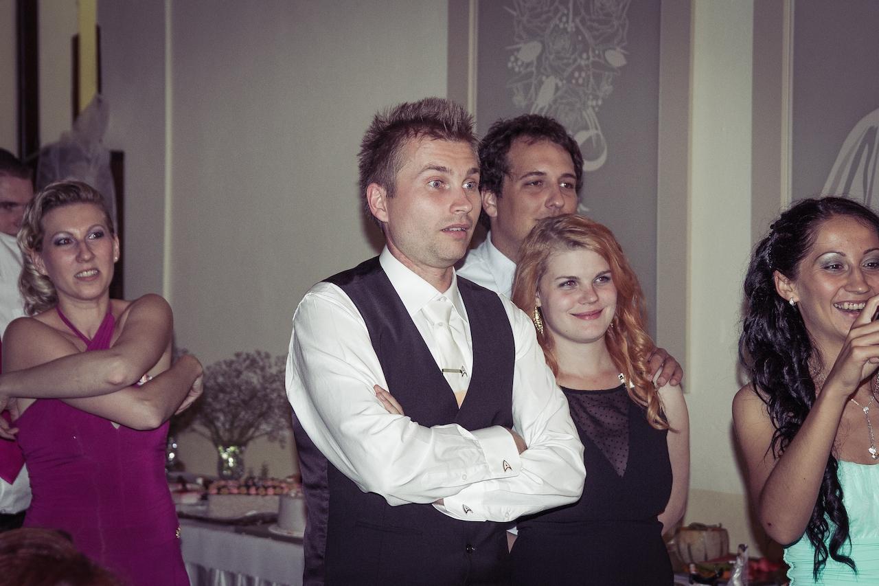 Agi{{_AND_}}Zoli - Mala som pripravený tanec, kde som si strhla sukňu, toto je prekvapený výraz mojho muža :))))