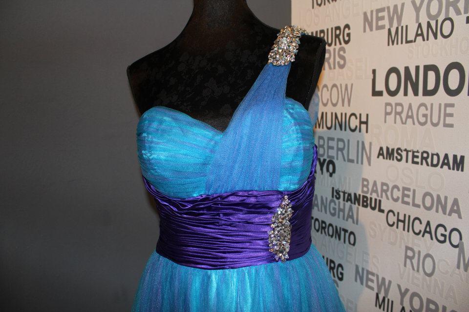 Spoločenské šaty 38 - Obrázok č. 2