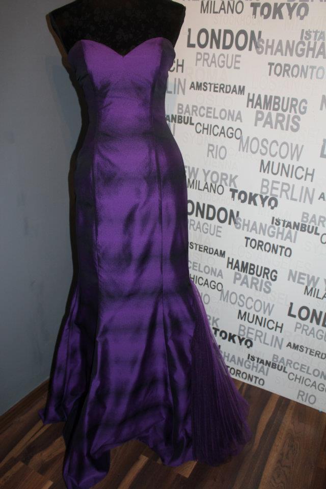 Spoločenské šaty 34 - Obrázok č. 2