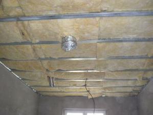 zateplení stropu skelnou vatou
