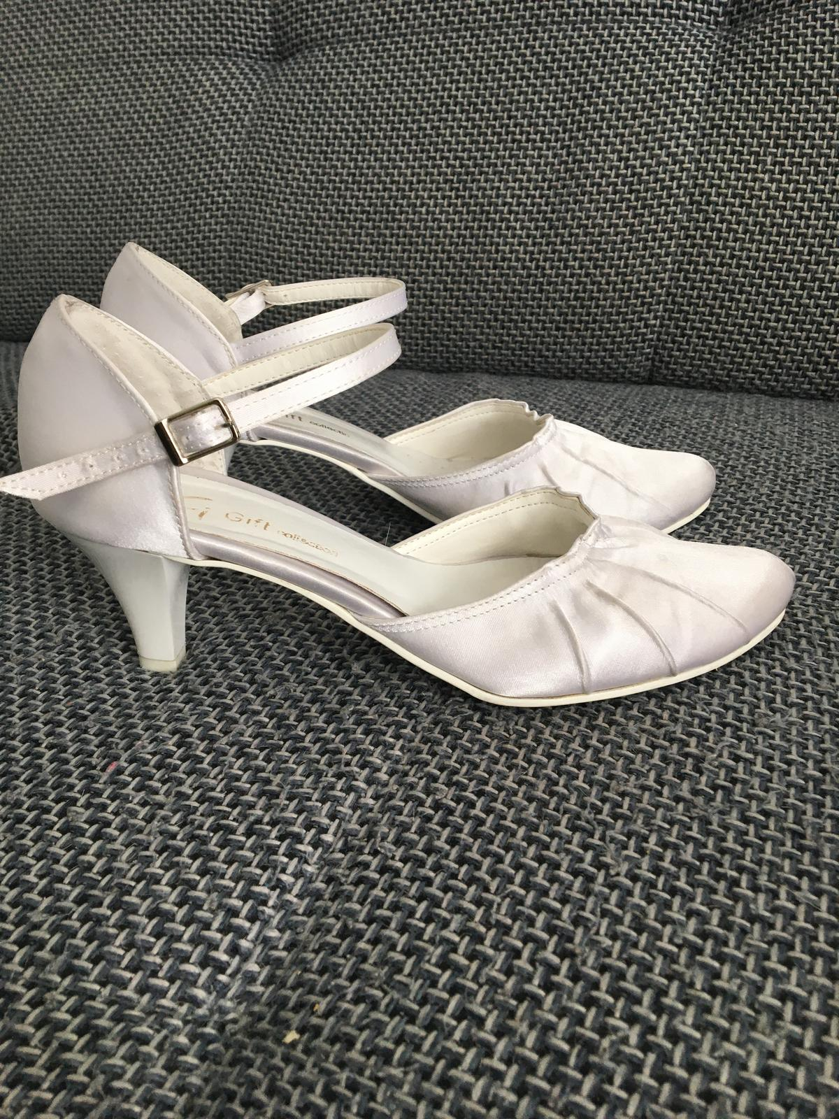 svadobne sandalky - Obrázok č. 1