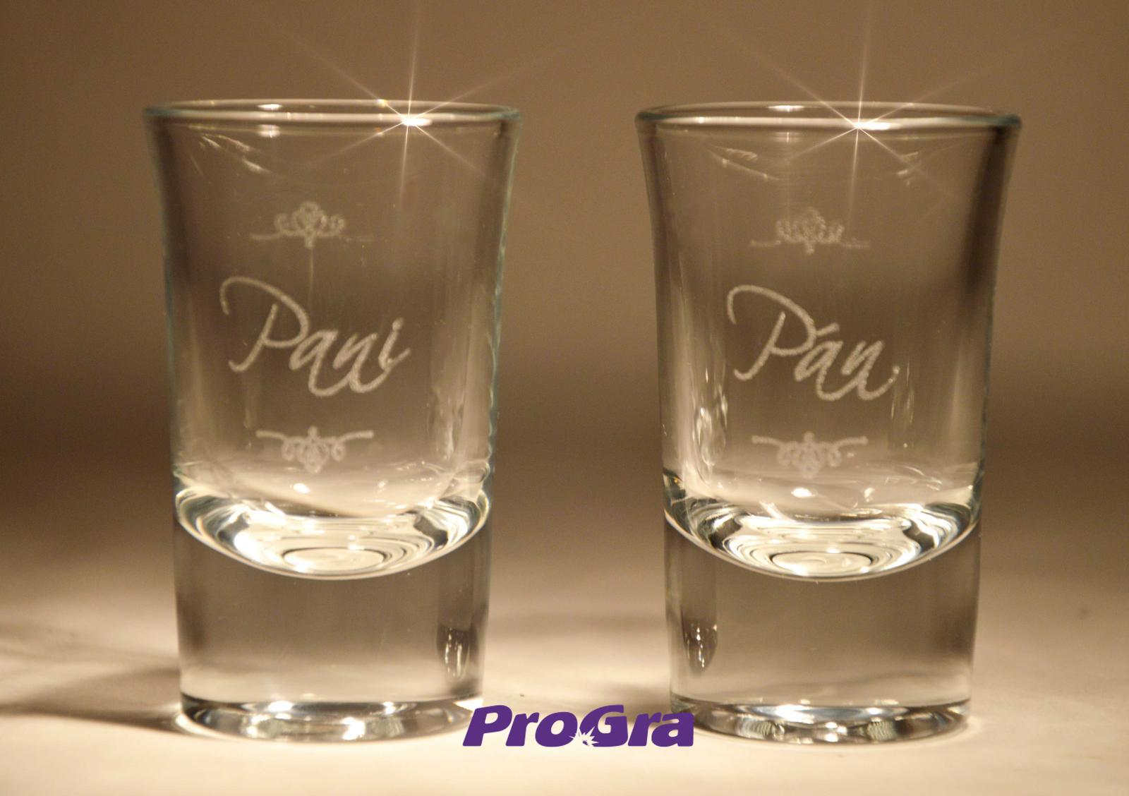Svatební skleničky - Netradiční svatební skleničky na tvrdý alkohol.