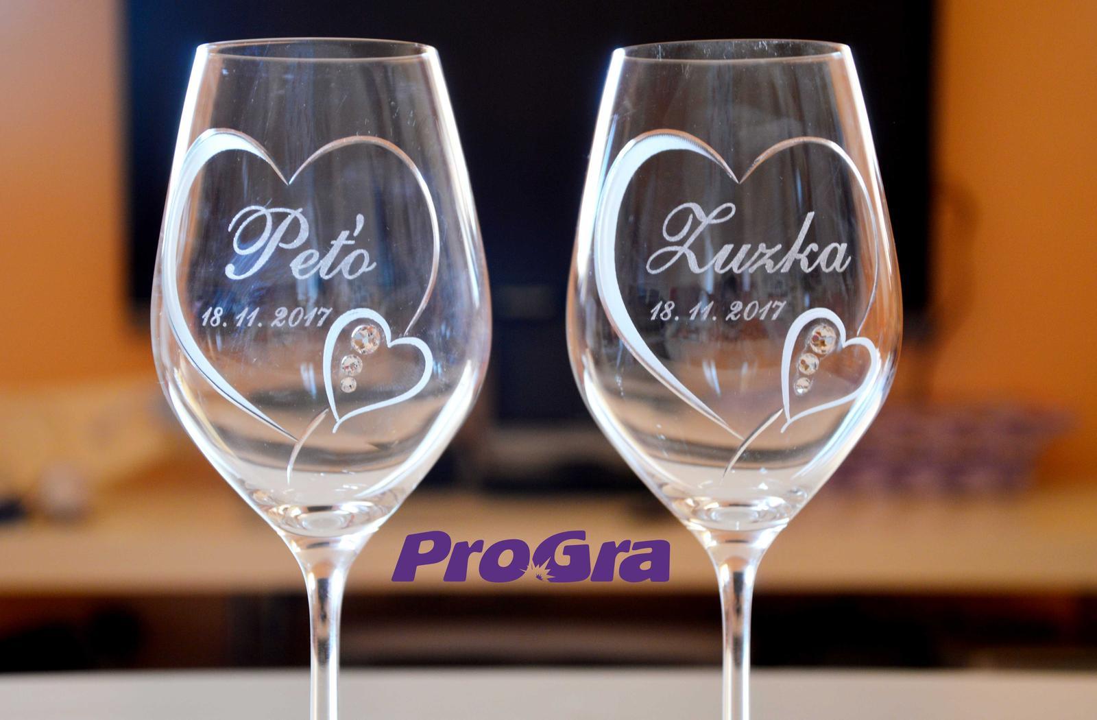 Svatební skleničky - Svadobné poháre Cora so Swarovski kryštálikmi z našej ponuky