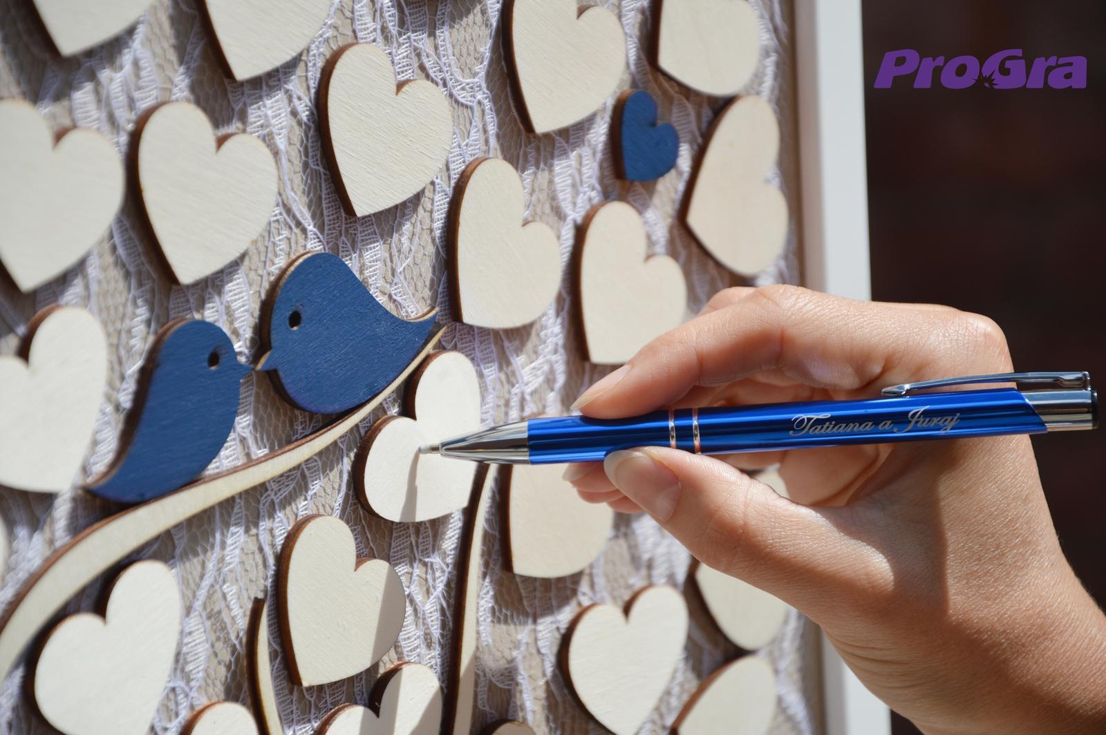 Originální Svatební Doplňky - Můžeme také připravit pero s gravírováním v barvě potřebné pro svatební strom