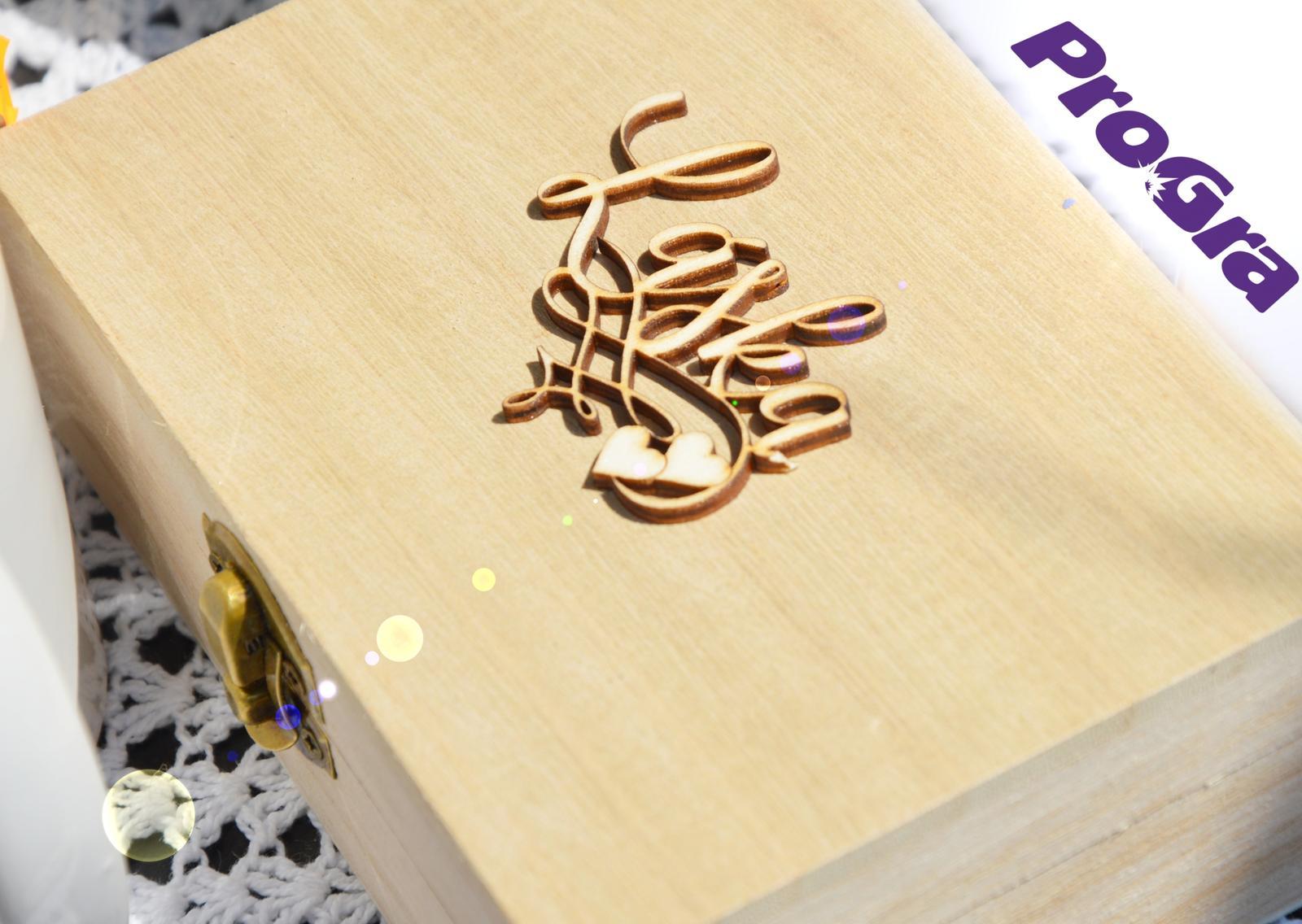 Krabička na obroučky vs. šperkovnice - Láska - Obrázek č. 1