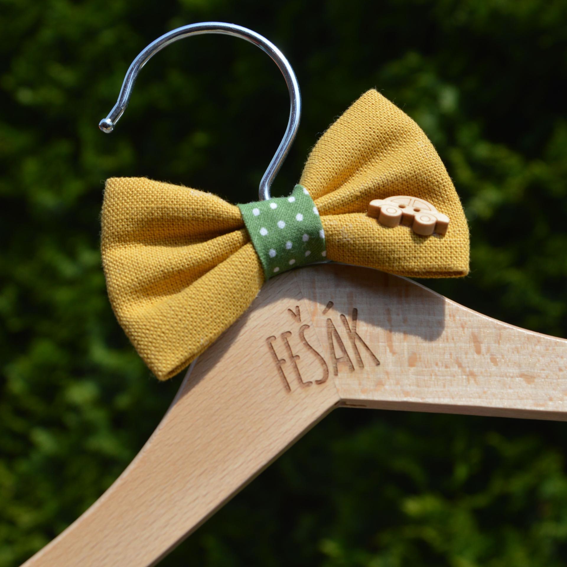 Originální Svatební Doplňky - dětský věšáček se zdobením pro malého družbu :-)