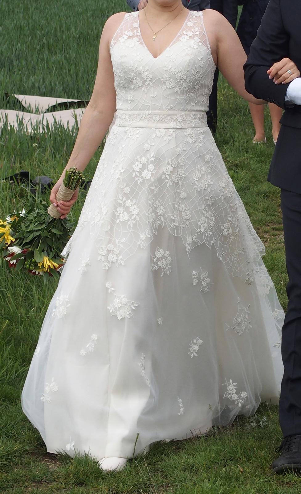 Ručně šité, 1x nošené svatební šaty, postava 170cm - Obrázek č. 1