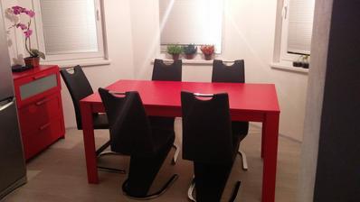 Jedáleň - pohlad z obývačky