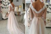 svatební šaty bílé s pudrovou sukní, 36