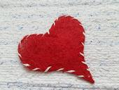 červené srdce stredné,