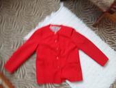 Červený kabátik, M