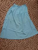 Bledomodrá sukňa, M