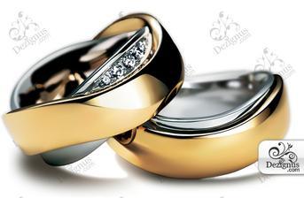 ... určite celé z bieleho zlata... len si vybrat